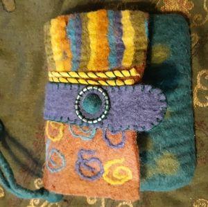 💙Rising tide wool wallet